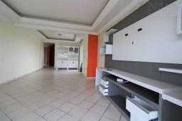 Apartamento no centro com 3 dormitórios, 1 suíte em Torres