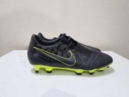 Título do anúncio: Chuteira Campo Nike Phantom VNM Importada!!