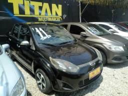 Fiesta sedan 1.6 2011 ( Top Padrão Titan Multimarcas) - 2011