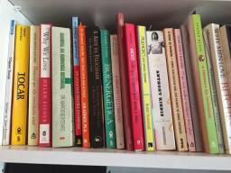 Livros em português e inglês aceito cartão e parcelo temas: relacionamento,