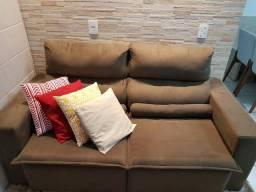 Vendo sofá retrátil sem detalhes