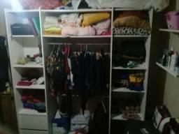 Guarda roupa estilo closet