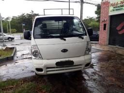 Carro utilitário em bom estado de conservação - 2011
