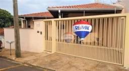 Casa com 3 dormitórios à venda, 151 m² por R$ 360.000,00 - Vila dos Lavradores - Botucatu/