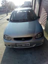 Vendo Corsa sedan life - 2005
