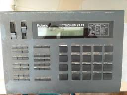 Bateria eletrônica Roland R8
