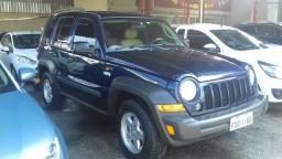 Jeep - cherokee sport 3.7 gasolina 4x4 v6 completa