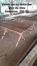 Mesas de madeira dobráveis