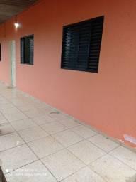 Aluga-se apartamento bairro nova esperança de 65m² R$ 400,00 (incluso água)