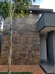 Belíssima casa , 3 suítes, piscina - Interlagos , Rio Verde/GO
