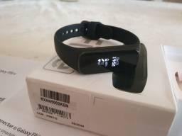 Smartwatch Samsung puseira Fit-e, aceito cartão, leia