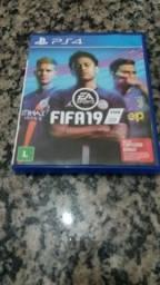 Jogo PS4 Fifa 2019 novo...