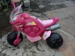 Vendo uma moto elétrica