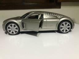 Carrinho de coleção da Maisto Audi sporting  1.18