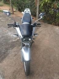 Moto Suzuki GSR 125 S ano 2015
