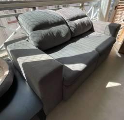 Sofá dois lugares reclinável e retrátil