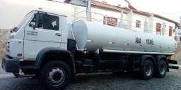 Caminhão pipa traçado 26260