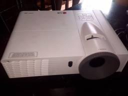 Título do anúncio: Projetor LG com HDMI