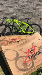 Vende-se Bicicleta TKS Aro 29 - Track