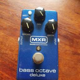 BASS OCTAVE DELUX MXR