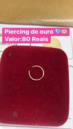 Piercing de ouro