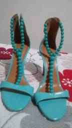 Vendo sandália Cecconelo feminina seminova, número 35