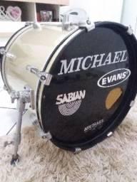 Bateria acústica Michael