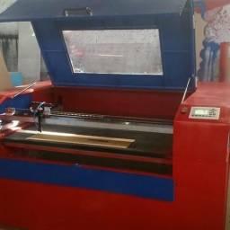 Maquina de corte a laser