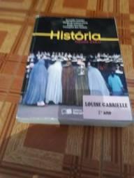 Livro de História volume único EDITORA SARAIVA