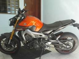 Moto yamaha mt 09 - 2015