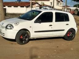 Renault Clio 2001/1.0/16V/ - 2001