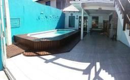 Casa com piscina em Matinhos JÁ ALUGADA PRA ANO NOVO