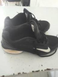 e0c3e2bb20f60 Roupas e calçados Unissex - Zona Leste