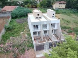 Casa Duplex no Bairro Santos Dumont
