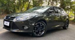 Ford Focus Titanium 2.0 Flex 2014! (Baixíssima km)