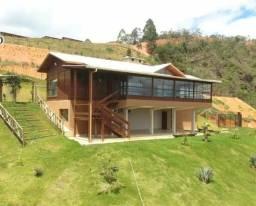 Casa de Madeira de Lei.