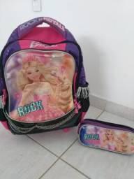 Lindo Conjunto: Mochila e estojo Barbie Rock