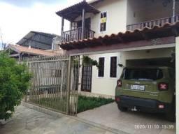 Casa aluguel tipo sobrado em Varginha