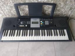 Teclado musical Yamaha Psr E223 usado