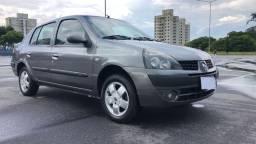Clio Sedan 1.6 Privilege Completo, unico dono, baixo km!