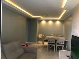 Apartamento com 3 quartos sendo uma suíte, todo reformado, nascente, ventilado