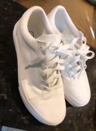 Título do anúncio: Vans original branco