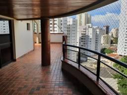 Cobertura duplex com piscina no Setor Oeste Goiânia GO