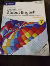 Livro de inglês Cambridge