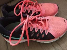 Tênis Nike 36 rosa e preto