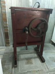 Debulhador de milho antigo/ decoração vintage ou industrial