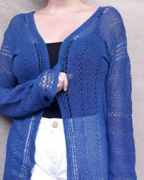 Cardigan de tricot. Tamanho M