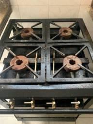 Fogão industrial 4 bocas e forno