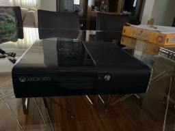 Xbox 360 destravado com 2 controles e kinect