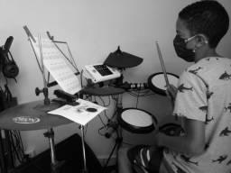 Aulas de Bateria / AB MUSIC